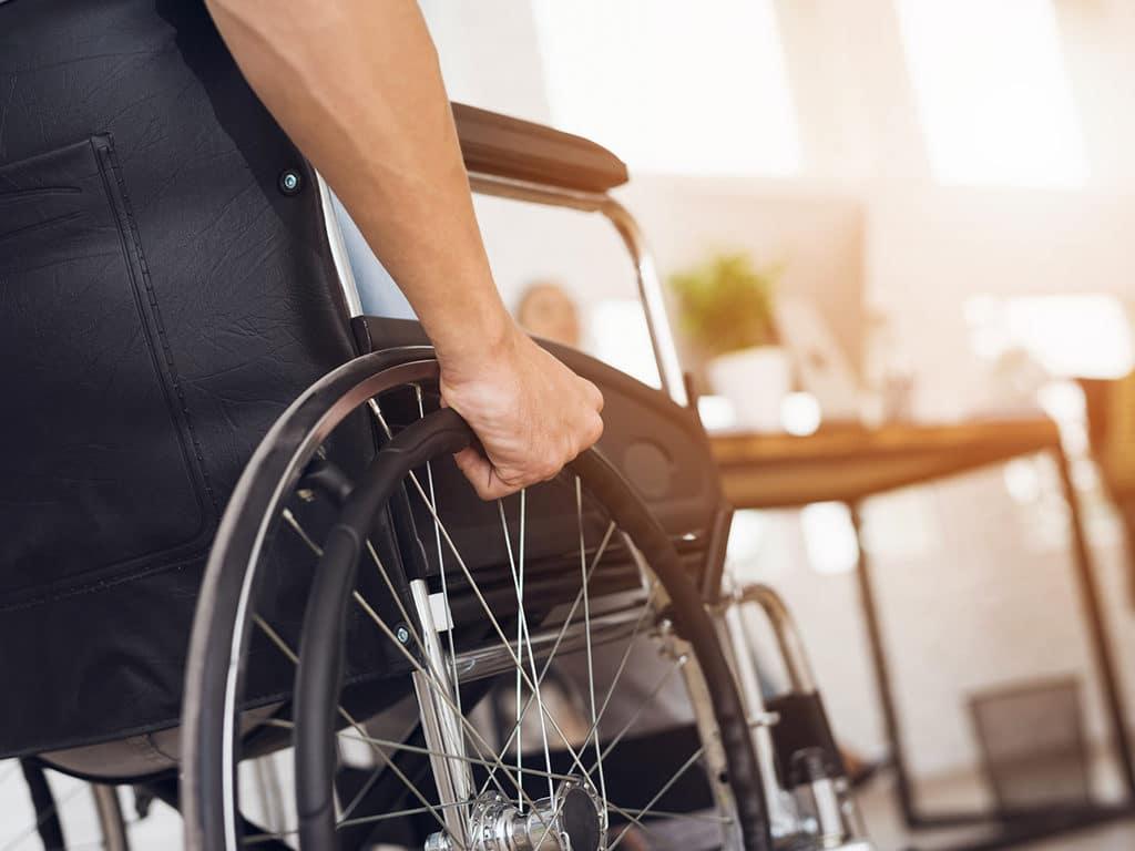 ayudar-a-personas-con-discapacidad-1024×768